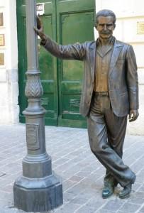 Montalbano Statue
